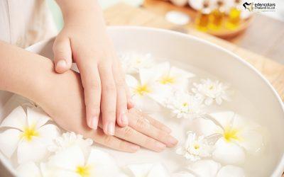เคล็ดลับผิวมือขาวกระจ่างใส อ่อนวัย ลดปัญหาผิวแห้งกร้าน และริ้วรอยบริเวณลำคอและมือ